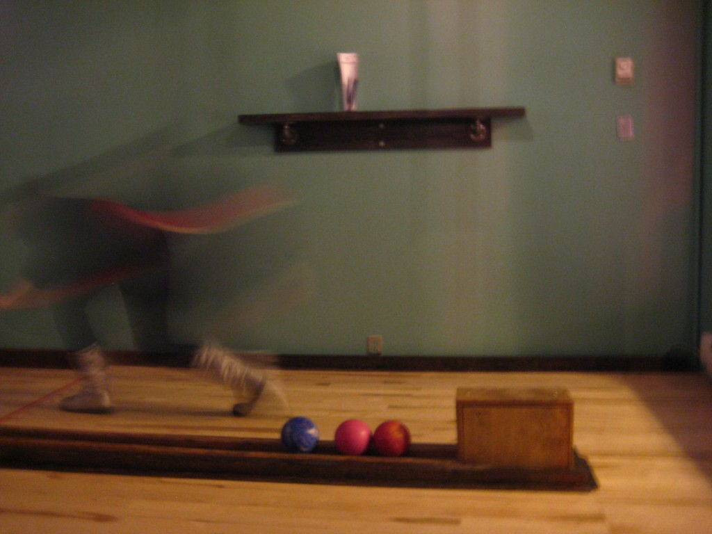 notre dame des quilles montreal bowling move