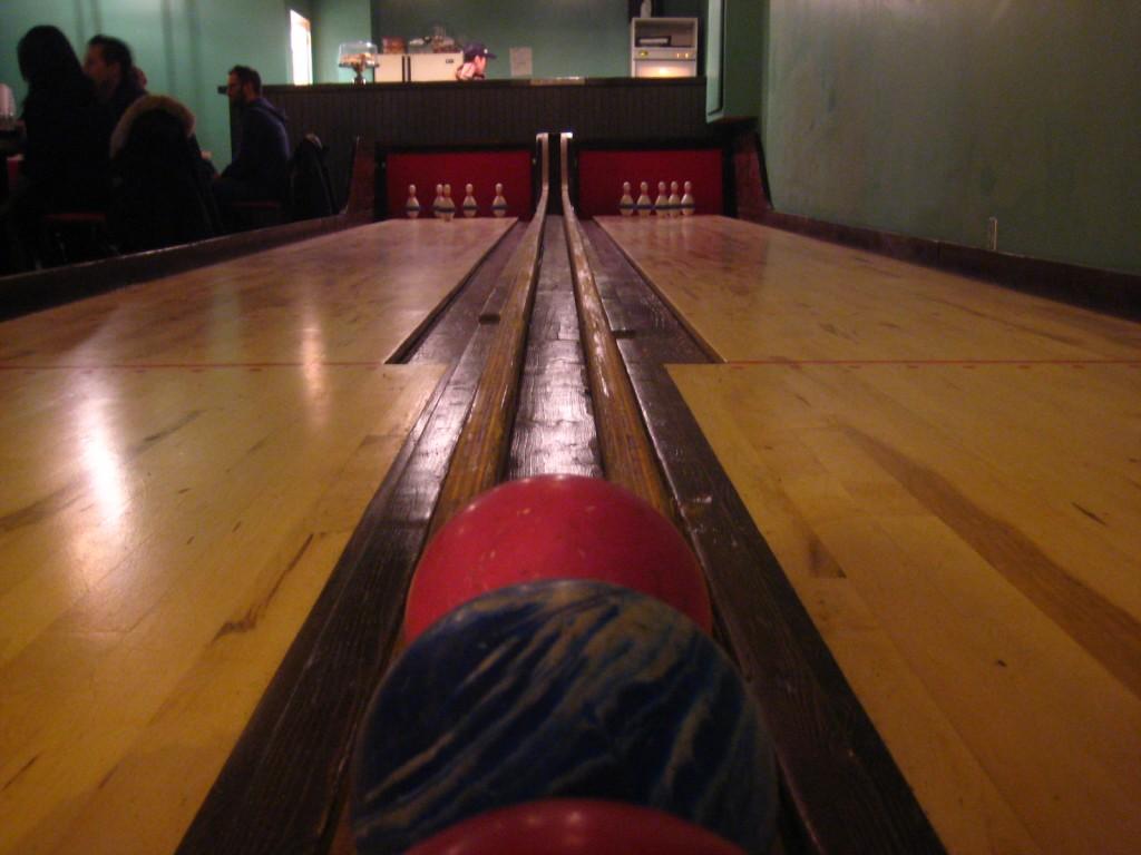 notre dame des quilles montreal bowling2
