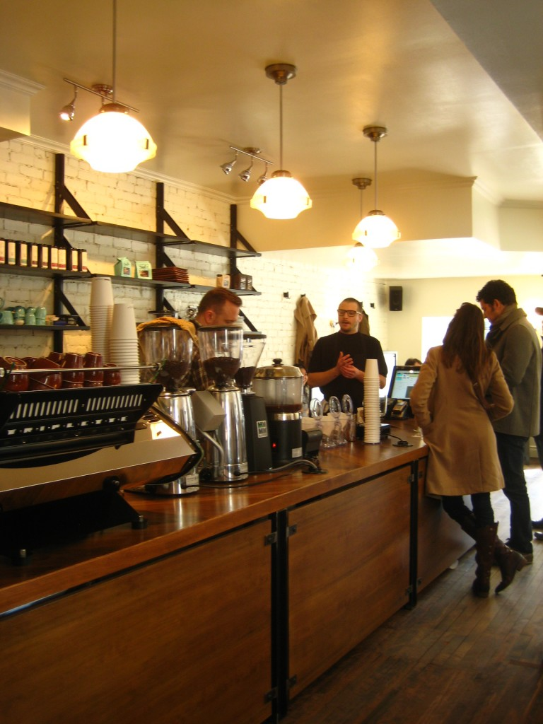 couteau cafe montreal